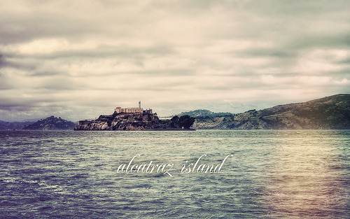 Alcatraz Island (by isayx3) I'll be there next week!