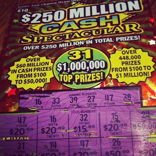 ellyneee:  When Kevin Momb wins $200 on a scratcher… (Taken with Instagram at 7-Eleven)  Soooo my boyfriend in disgustingly lucky with scratchers.