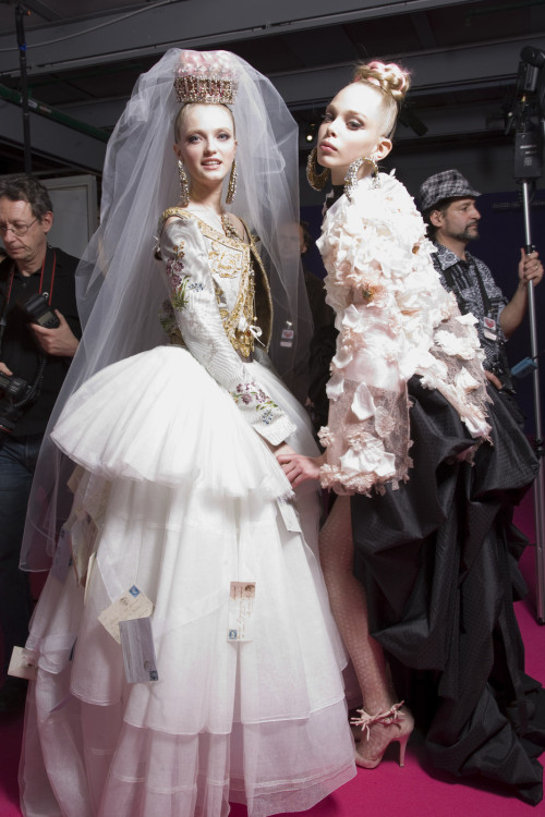 Vlada and Tanya Backstage at Christian Lacroix Haute Couture Spring 2009