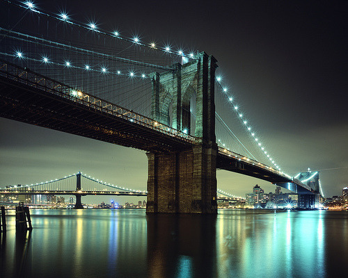 chazmcintyre:  Brooklyn Bridge, New York City (by andrew c mace)