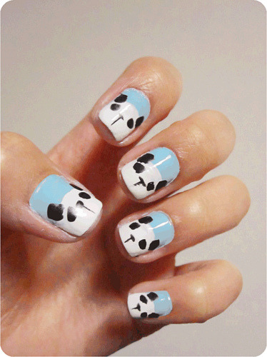 Simple take on the infamous panda nails?