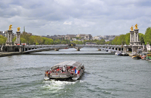 Pont Alexandre III on Flickr.