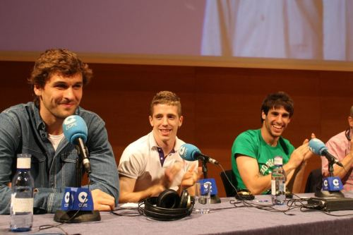 "Earlier today (or yesterday depending on where you are) Fernando Llorente, Iker Muniain, and Javi Martinez took part in Cope's ""El Partido de las 12.""  You can read about it here."