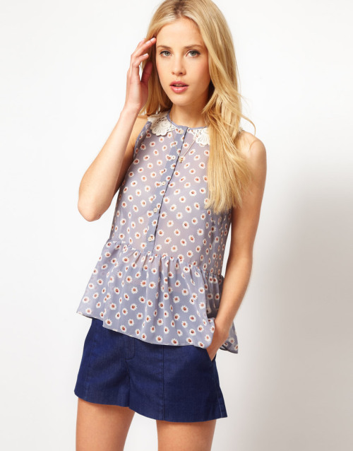 ASOS Sleeveless Peplum Blouse With Daisy Print And Crochet CollarMore photos & another fashion brands: bit.ly/JgPXRU