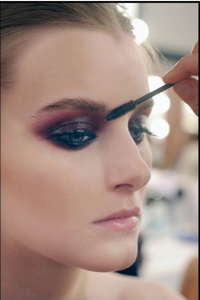 Blending is key. Try MAC Copperclast pigment, MAC Club shadow, and Smolder liner for this look.
