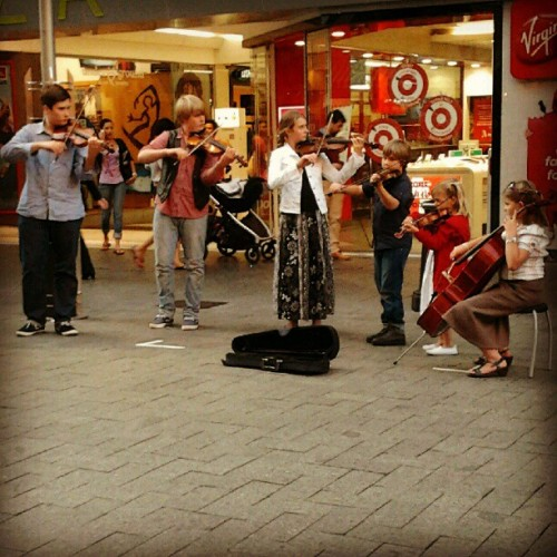 Musical magic (Taken with Instagram at London Court)