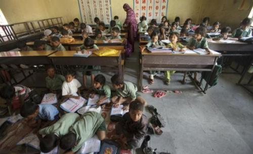 Three strategies for fixing education in the developing world. (via Copenhagen Consensus: Three strategies for fixing education in the developing world. - Slate Magazine)