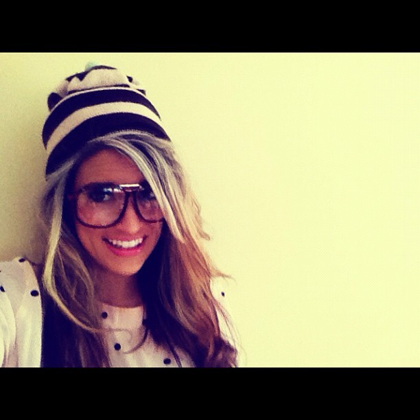 #fashion #stylist Charlie fi #beanie #hat #glasses #tshirt #smile #pink #geek #day at home working #proper #geek #curly #hair #vintage #dior #smile it's Friday  (Taken with instagram)