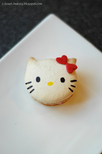 Hello Kitty Macarons handmadepride:  Click on photo to learn how you can create your very own Hello Kitty macarons. Follow Handmade Pride for more tutorials.