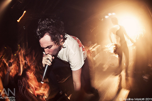 minimushelyer:  Josh Franceschi - You Me At Six - Paris, La Flèche D'Or - 30/11/2011 (by Apo [Photographe Alternativ News])