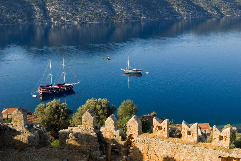 Have you been to Kekova yet? Anchor your yacht and snorkel in the sunken city of Dolichiste of the 2nd century…
