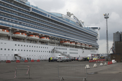 Caribbean Princess Cruise Ship In Belfast May 2012 16 on Flickr.
