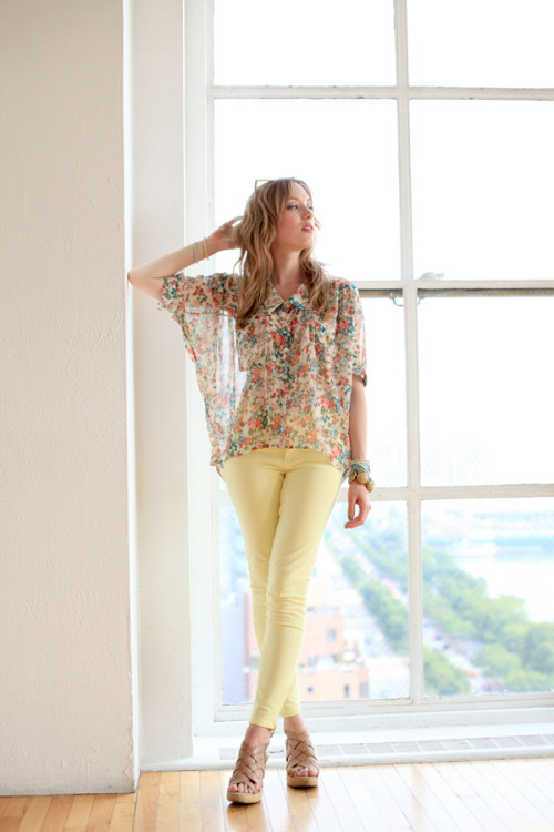 the-streetstyle:  Spring Sunvia eatsleepwear  yellow pants! love the shirt!