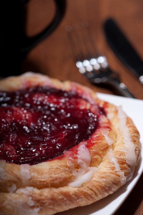 bakersavenue:  Raspberry Danish