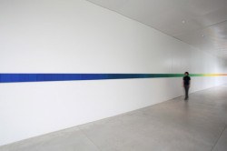 Olafur Eliasson Eye activity line (2009)  317 canvases of different colors are installed along the corridor, creating a kind of meandering layout and utilizing transitional spaces within the museum as 'gallery' areas