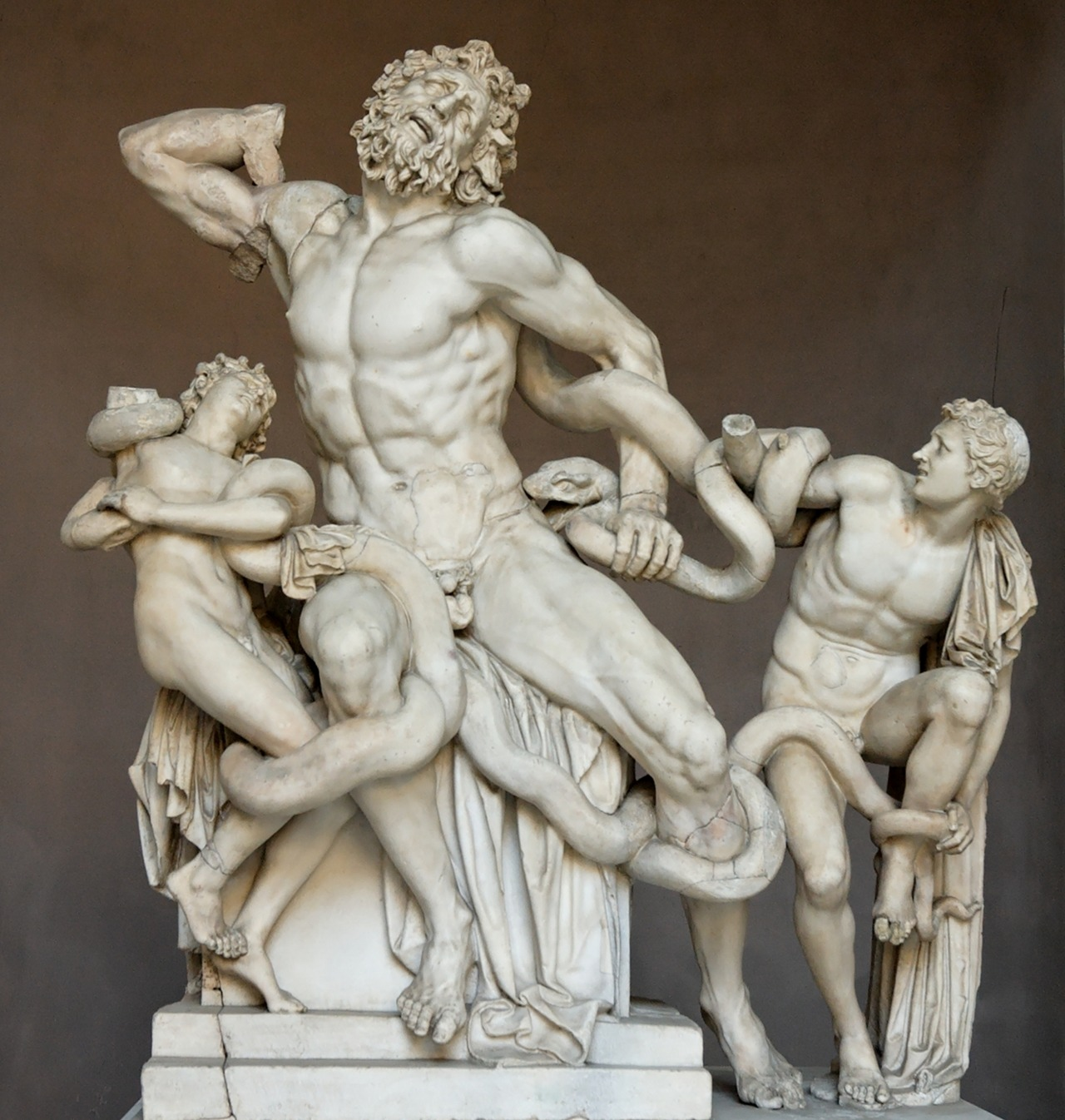 bboydflip:  fckyeaharthistory:  'Laocoon and His Sons' -Ancient Greek art 25BC. White Marble. The statue is attributed to Greek sculptures Agesander, Athenodoros and Polydorus. Submitted by ancientart   Them Hellenistic sculptures.