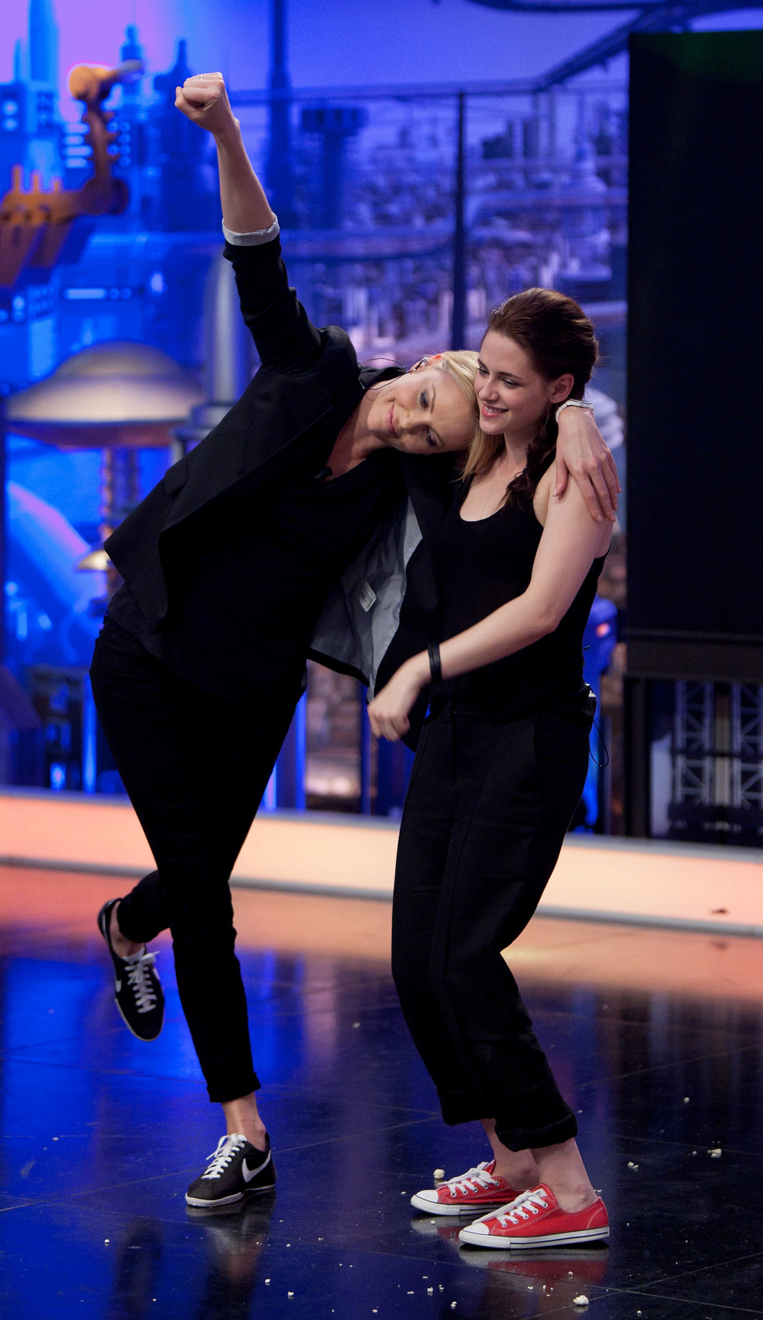 suicideblonde:  Charlize Theron and Kristen Stewart on El Hormiguero in Spain, May 17th  They should totally get an apartment together.