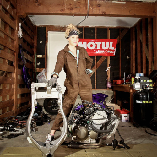 Leah (Stunts) Petersen building stunt bikes in her garage (from her feature in Sportbikes Inc. Magazine).