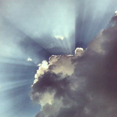 brianaelizabeth:  #clouds #sun #outdoors #pretty #nature #nashville #tennessee (Taken with instagram)