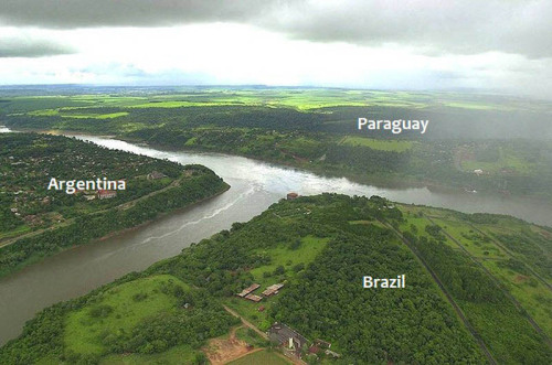 Three countries. One picture.This is the junction of Iguazú and Paraná rivers, where three countries have their borders: Paraguay, Argentina, and Brazil.