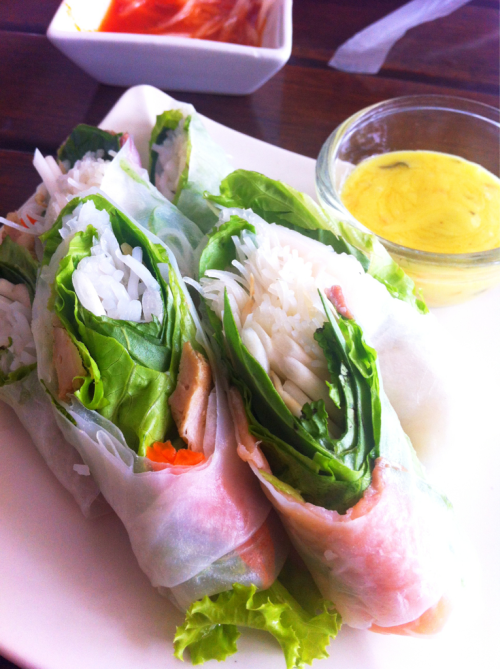 Vietnamese food: fresh rice wraps with rice noodle, vegetable and sliced salmon