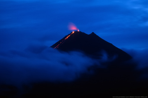 unknownskywalker:  Night Eruption by Mark Vincent Müller