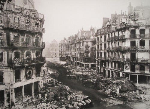 The Rue de Rivoli after the Siege of Paris, 1871. (via)