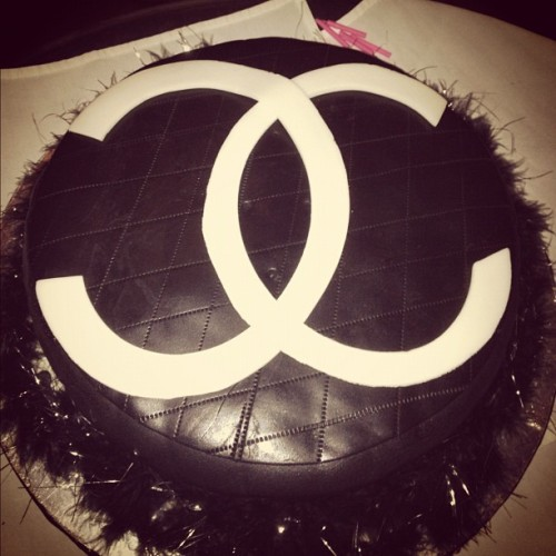 My cake!!! #chanel #cake  (Taken with instagram)