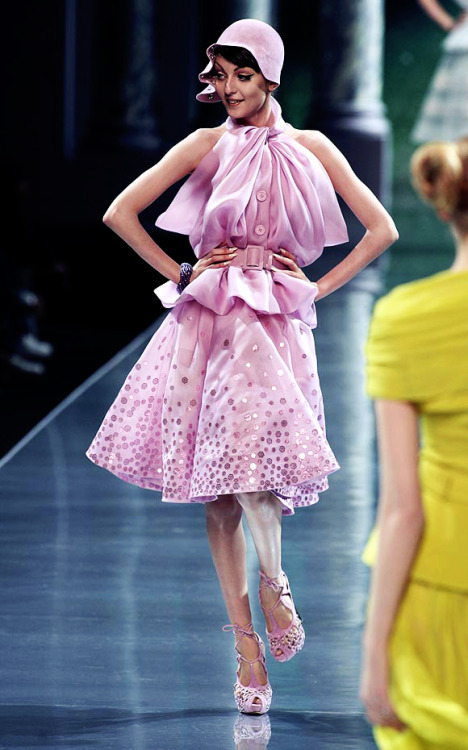 Christian Dior Autumn Winter 2008/2009 Haute Couture