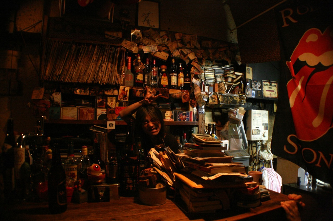 Hako-san and a section of his record collection (upper right) at BAR ING, Kyoto, Japan (May 9, 2012)