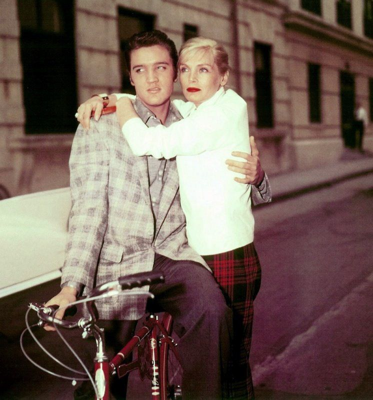 ridesabike:  Elvis Presley sneers a bike. Lizabeth Scott hangs.