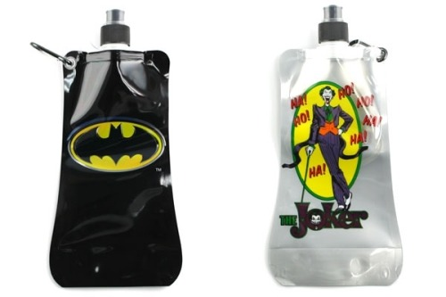Collapsible 20 ounce water bottle. I love this idea! Click the picture to buy it from Neatorama.