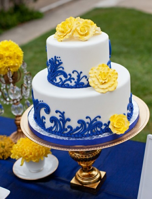 smilingrayofsunshine:  wedding cake