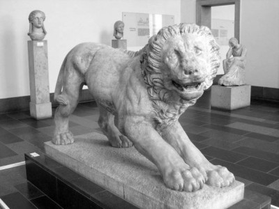 A lion statue at the Pergamon Museum in Berlin, Germany.  © J. Atamanuk, 05.22.2012
