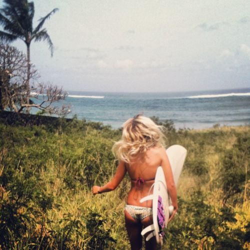moon-chil-d:  summersoal:  ca-liforniacation:  SICK SUMMER/SURF BLOG  http://www.summersoal.tumblr.com surf/summer/hippie blog, following back  ☪