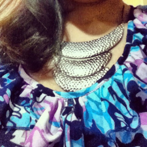 Floral print + metal necklace + messy hair = YAY or NAY? #yay #nay #fashion #fashdaily #style #ootd #outfit #necklace #floral #floralprint #messyhair #blue #hair #top more on http://cheskadalapa.blogspot.com 😊♥ (Taken with instagram)