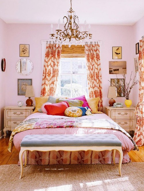 mismatched style wraps this bedroom in warmth and originality