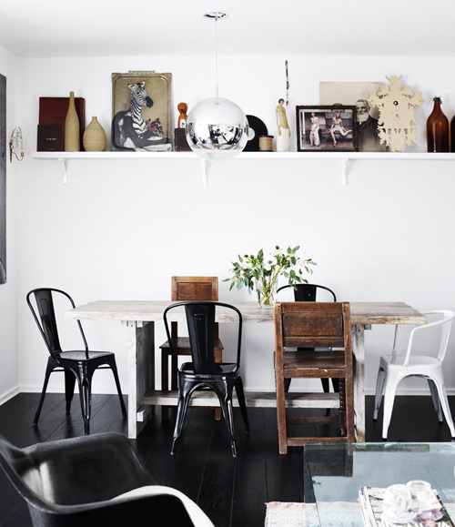 musesofdesign:  (via a swedish family home | the style files)