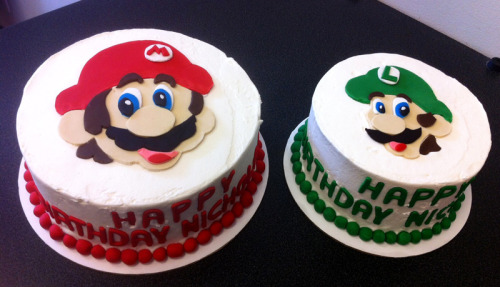 "It's a me - Mario & Luigi - numba one!Fondant Mario on an 8"" cakeFondant Luigi on a 6"" cake"