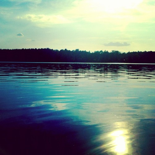 On the water #iphone4 #iphoneonly #iphonegraphy #lake #water #picoftheday #photooftheday  (Wurde mit Instagram in Straussee aufgenommen.)
