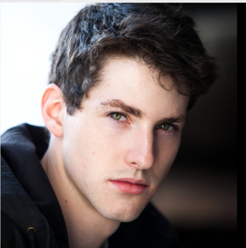 "Sean Flynn known for his role ""Chase Matthews"" in Zoey 101.  Agghh! Those eyes! Though I must admit I miss his beautiful curly hair!! <3"