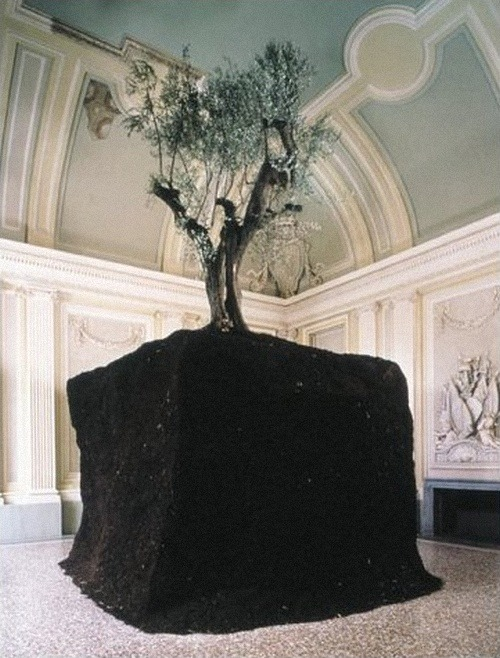 pnguye:  Three Installation by Maurizio Cattelan for the Castello di Rivoli collection (1998)