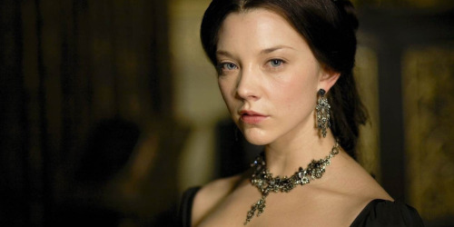 Re-watching The Tudors from the beginning. This woman is so incredible.  Also always loling at the casting of Joss Stone as AoC. Genius, Ja.