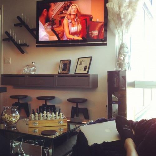 Couch potato. #Housewives 👄 (Taken with instagram)