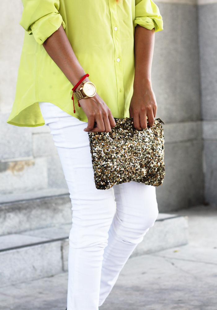 Blouse: Madewell  |  Skinny jeans: Mossimo  |  Clutch: Zara  |  Watch: gifted Diesel  (image: sincerelyjules)