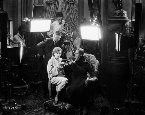 theloudestvoice:  Clarence Brown directs Lars Hanson and Greta Garbo in Flesh and the Devil, 1926 (via)