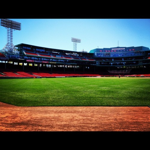 #instagram #iheartboston #fenwaypark #fenway #outfield #warningtrack #friendlyconfines #redsox #bostonredsox #boston #igersboston (Taken with instagram)