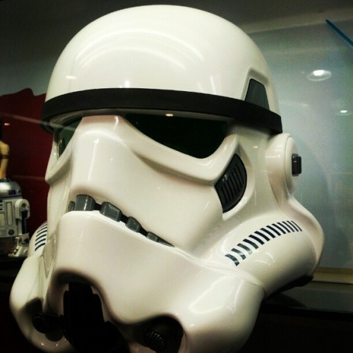 #starwars #soldier #webstagram #iphone4 #iphoneonly  #iphonegraphy #iphonesia #igermadrid #instagramespaña #iphonegraphy #pretty #ignation #instapretty #instagood #picoftheday #bestpic #bestpicture #photo #photooftheday #android #androidgram #hipstamatic, #instago, #igers, #jj, #gang_family, #instadaily, #ignation (Tomada con instagram)