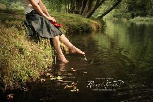 "photo by Ricardo Tavaresfrom the album ""meu mundo de ninguém""www.ricardotavares.net"