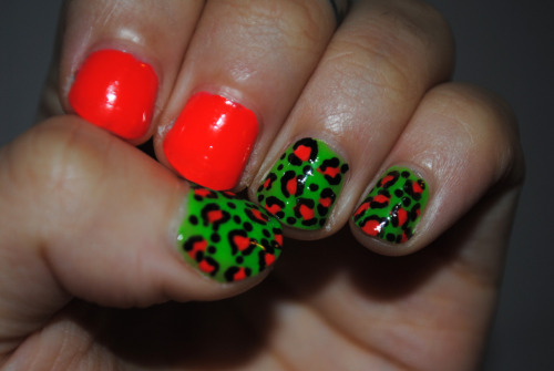 mah nails.  models own - toxic applemodels own x hed kandi - hedonist models own x wah nails - black nail art pen